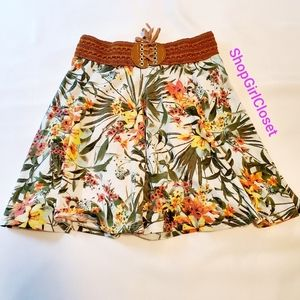 Amy Byer Floral Skirt Girls sz M(10/12)
